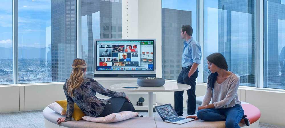 la-showrooms-wireless-workware-haworth.jpg